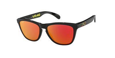 Oakley 9013 E6 VR46 Polished black lenti Prizm ruby trasmittanza 17 lifestyle
